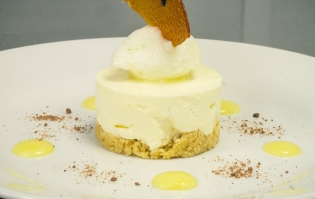 The Swan's dessert made with Wicked Wolf Exmoor Gin