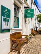 yarn-market-hotel-dunster-low-res-gb150012